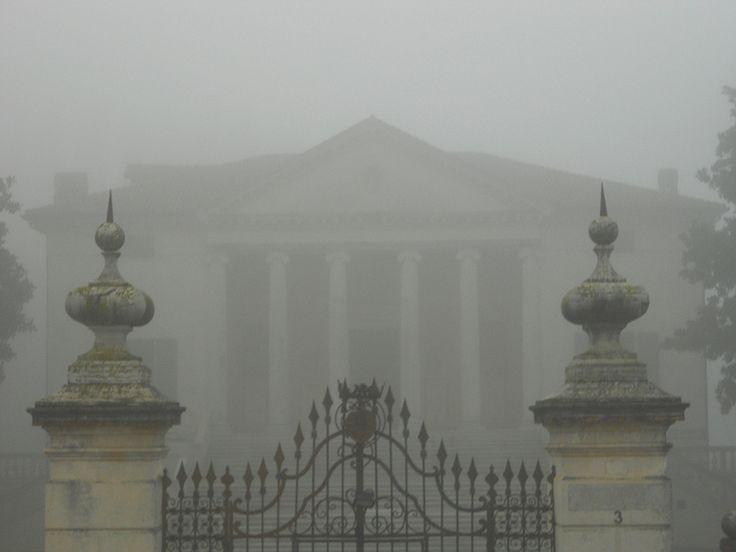 vila Badoer nella nebbia, Fratta Polesine