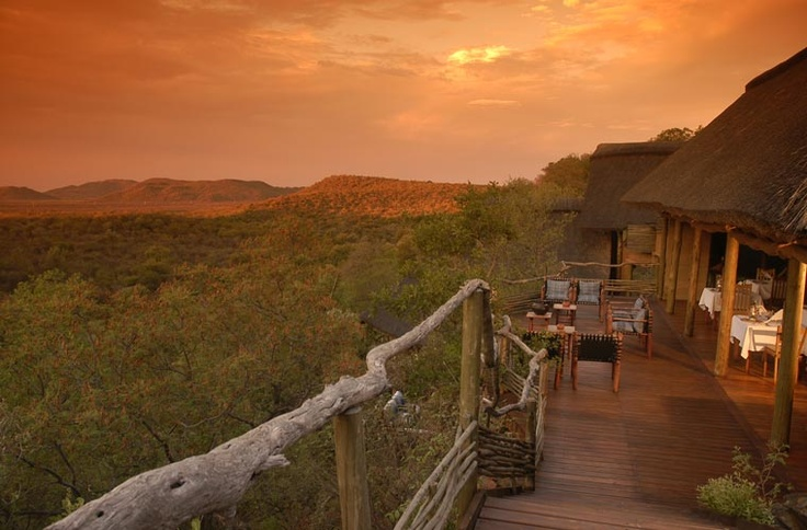 Sunset view at Buffalo Ridge Safari Lodge in South Africa - Couture Travel Company #southafrica