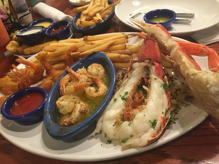 Lobster roll in atlanta lobster house for Atlanta fish house and grill