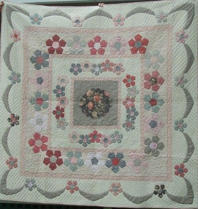 desert rose quilt pattern by sue daley - In a different color way - I like this