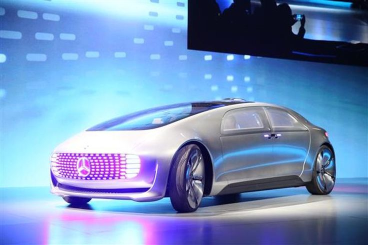 Mercedes-Benz unveils connected, self-driving concept car - CNET - The self-driving capsule-like vehicle is 17 feet long, 5 feet tall, and keeps passengers connected to the outside world.