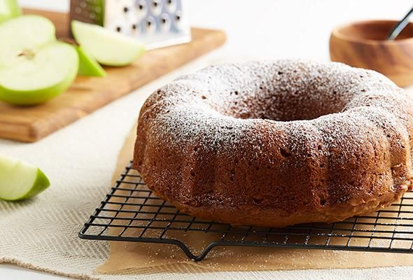 Honey Cinnamon Apple Cake