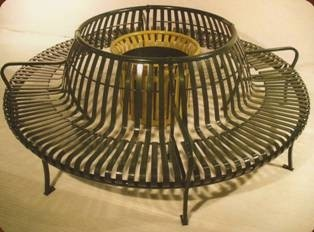"""Item Number: PCS-48-360  These benches are great for placing around a big tree. They are available in 36"""", 48"""", and 72"""" interior diameters.  Available in 90 degrees, 180 degrees, 270 degrees, or 360 degrees (as shown).  These benches are stylish, comfortable, and versatile."""