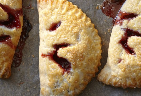 Strawberry or Apricot Hand Pies: Strawberry Hand Pies, Handpies, Desserts Recipes, Cream Cheese, Food, Strawberries Hands Pies, Apricot Hands, Pie Recipes, Easy Pies Recipes