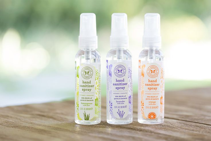 Must-have! Travel size Honest Hand Sanitizer Spray with soothing botanicals to prevent drying and chapping.