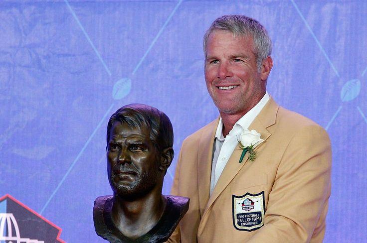 This moment...Hall of Fame Quarterback Brett Favre 2016