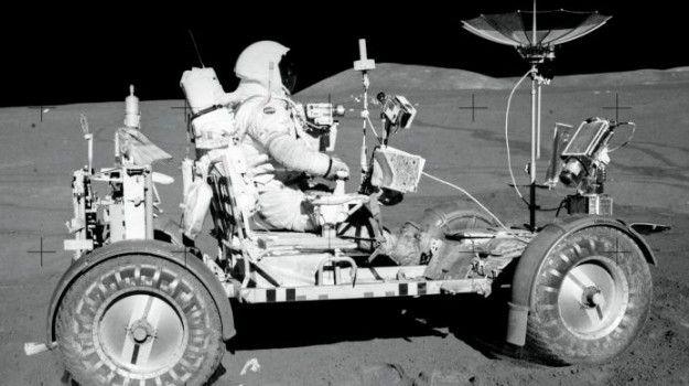 96 sacos de fezes, 12 pares de botas e 2 bolas de golfe e isto é só parte do lixo que deixámos na Lua | Blogue alien's & android's