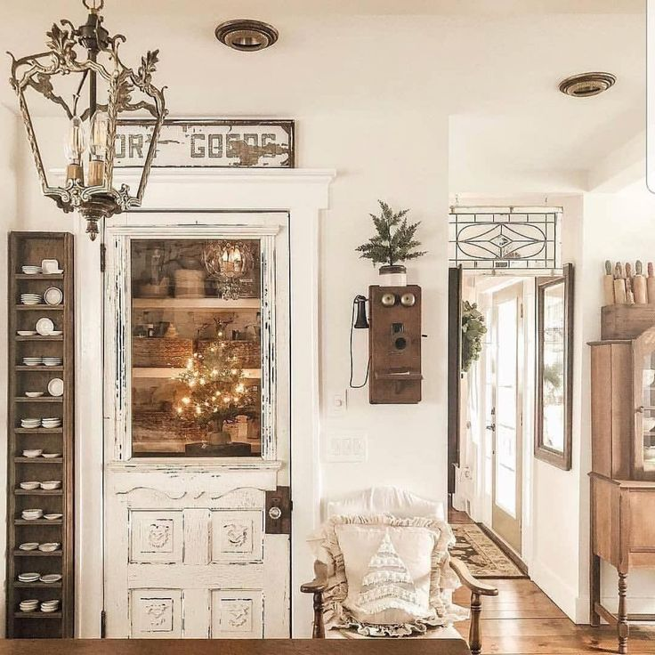"""50 Cool And Creative Shabby Chic Dining Rooms: Cottages & Bungalows Magazine On Instagram: """"There Are So"""