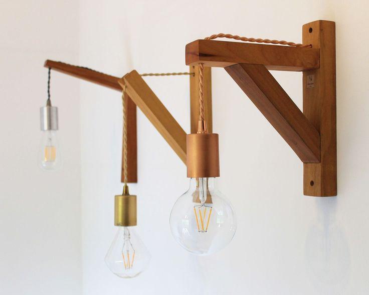 Elige el cordón, el porta lámpara, el soporte y la ampolleta, y deja que el espacio se luzca con la luz de 1/4! 💡💡
