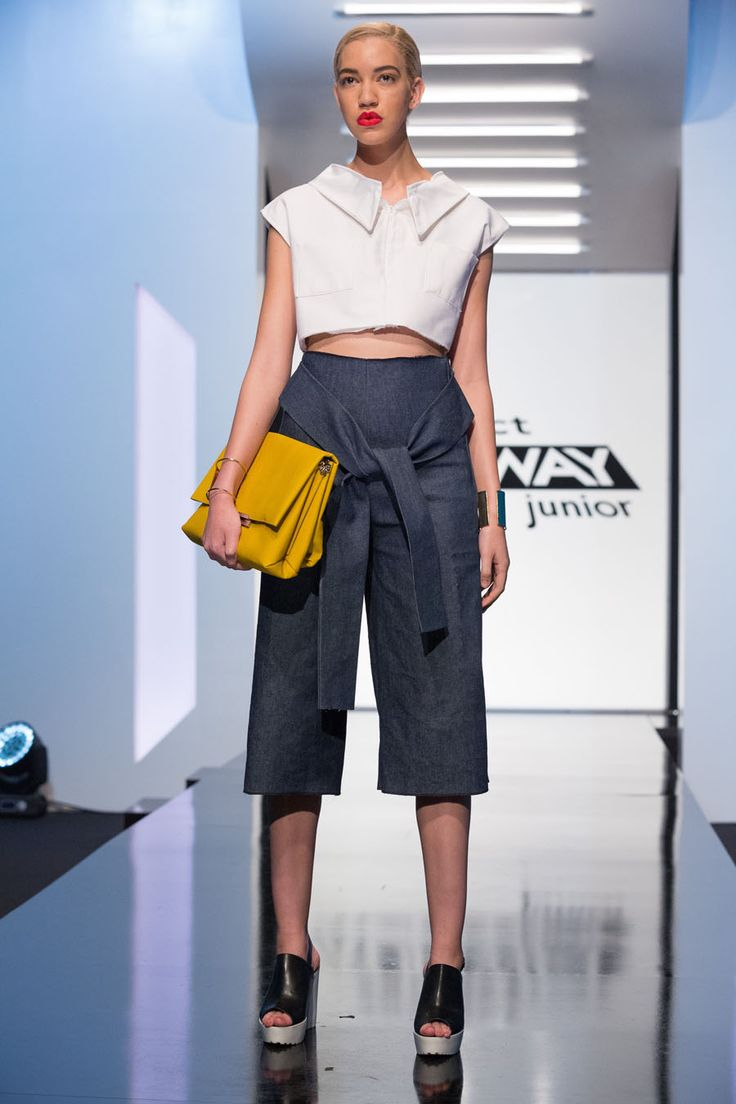 Samantha look from episode 1 of Project Runway Junior Season 1.Denim gaucho capri and white collared crop top.- Designer SamanthaAccessories do not come with the clothing.