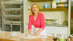 Bake With Anna Olson Video - Focaccia | Season 1 Episode 40 - Foodnetwork.ca