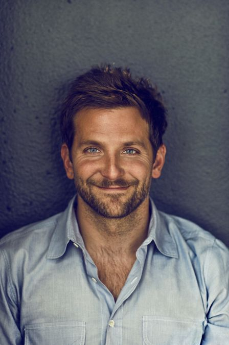 I dont always find Bradley Cooper attractive, but when I do, he looks adorable like in this picture :)