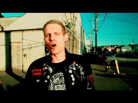 Öntörvényű rock and roll - Itt a C.A.F.B zenekar legújabb klipje!http://rockerek.hu/ontorvenyu_rock_and_roll_itt_a_cafb_zenekar_legujabb_klipje.html