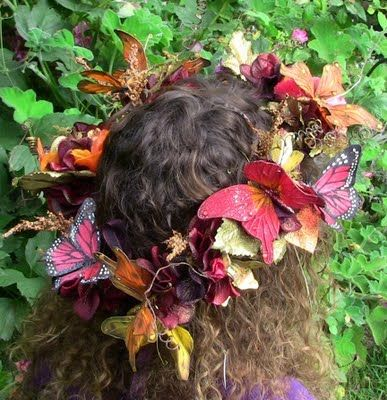Butterflies wreath by Conversations with the Muses: Where Bloggers Create... or my little shop of bliss
