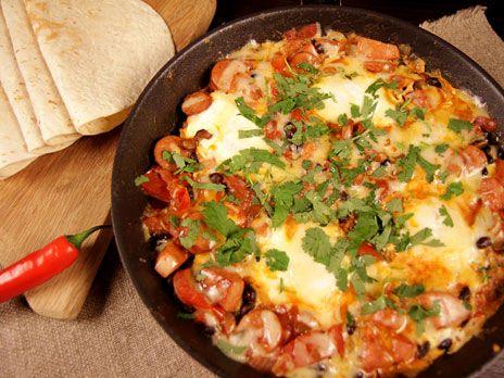 Cowboygryta med bönor och ägg | Recept.nu
