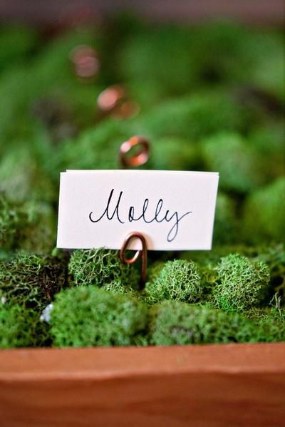 Free Wedding Projects: Escort Card Box How-To