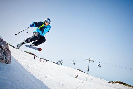 Visit Tjørhomfjellet and try alpine skiing in magical slopes and hills! #RegionStavanger  #Norway