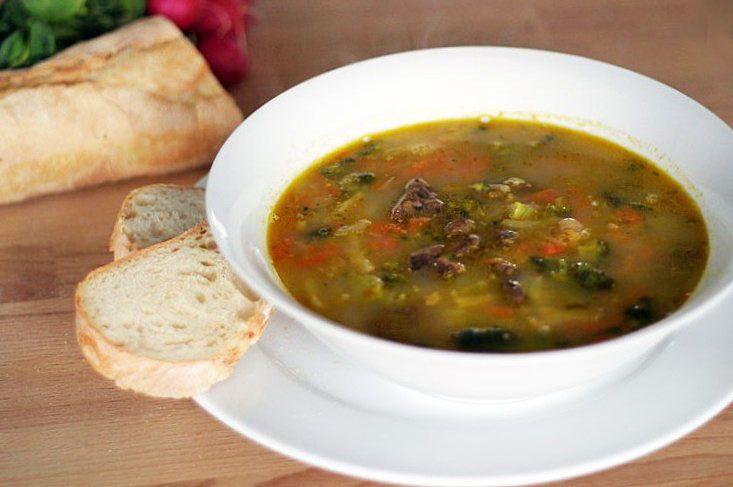 Výborná zeleninovo-drožďová polévka | Veganotic