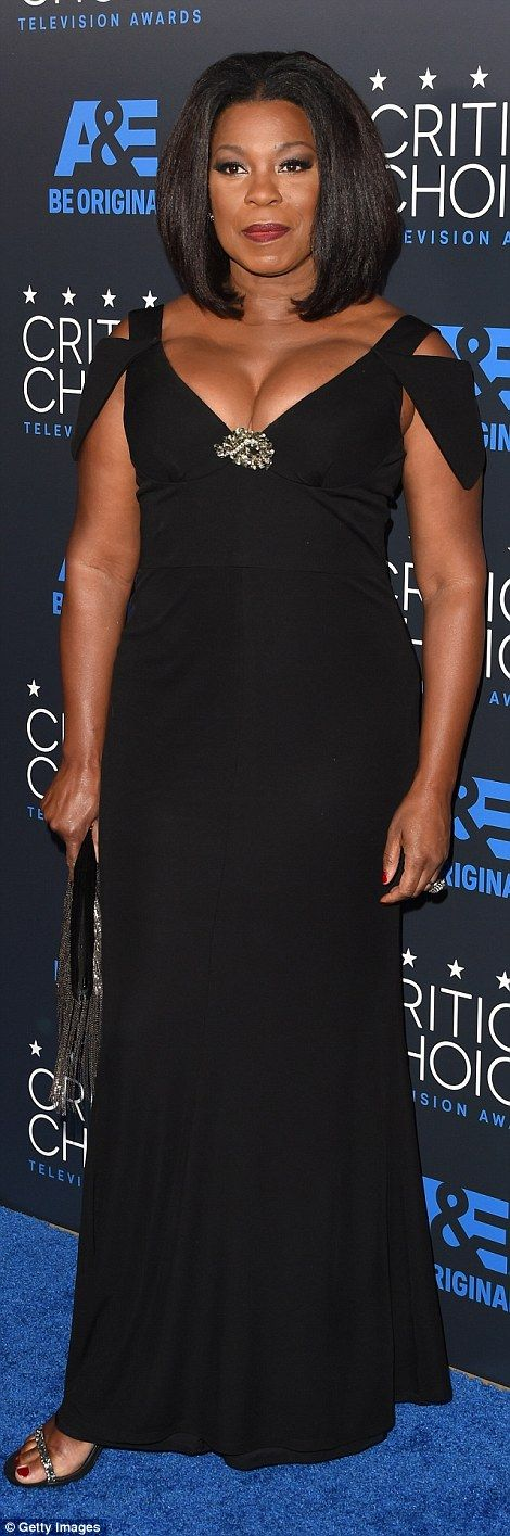 Beauties in black: Aisha Tyler andLorraine Toussaint looked elegant in their black dresse...