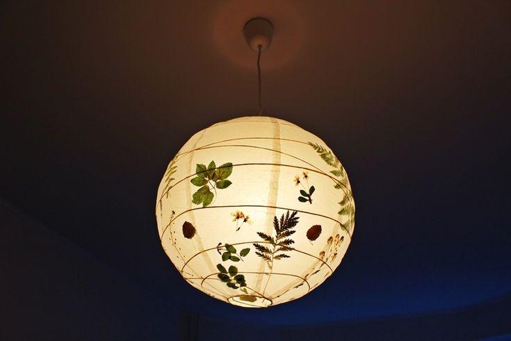 Всем добрый вечер! Вот что получилось сделать со старым добрым абажуром РЕГОЛИТ. Он и в оригинале прекрасен и дизайном, и ценой... наверное, поэтому и висит в каждой…