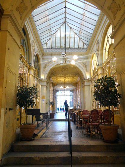 Galerie Vivienne – a mais famosa passagem coberta de Paris