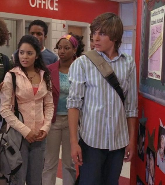 """The High School Junior   17 Things Zac Efron Wore In """"High School Musical"""" Ranked"""