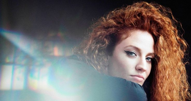 Can Jess Glynne match Cheryl's Official Singles Chart record this week?