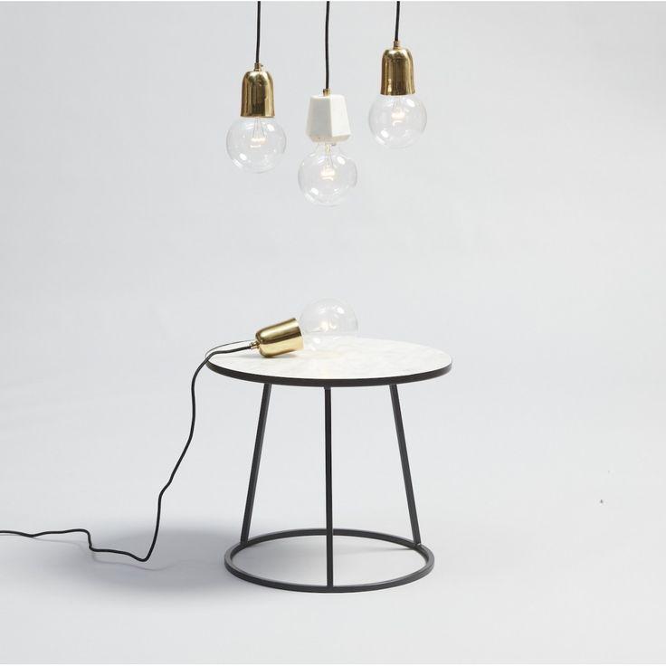 Table basse métal noir et marbre blanc Hübsch