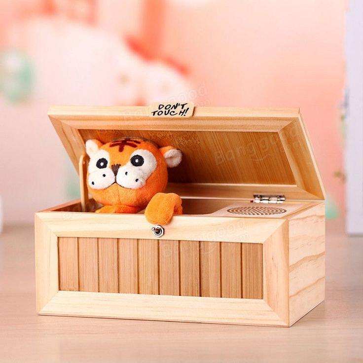 Upgrade Wooden Electronic Useless Box with Sound Cute Tiger 20 Modes Funny Toy Gift Stress-Reduction Desk Decoration