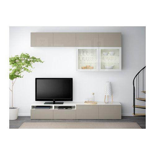 BESTÅ Tv-opbergcombi/vitrinedeuren - wit/Selsviken hoogglans/beige helder glas, laderail, zachtsluitend - IKEA