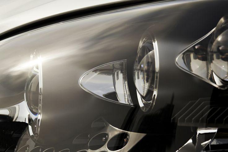 THE FLAGSHIP OF ALL LUXURIES | 극한으로 정제된, 럭셔리의 상징. 진정한 명차의 가치를 아는 이들에게 사랑 받아온 LS 600hL. 탑승자에게 최고의 즐거움을 선사하는 어드밴스트 일루미네이션 시스템(Advanced Illumination System). | Lexus i-Magazine Ver.5 앱 다운로드 ▶ www.lexus.co.kr/magazine #Lexus #Magazine #3seconds #LS600hL #LS