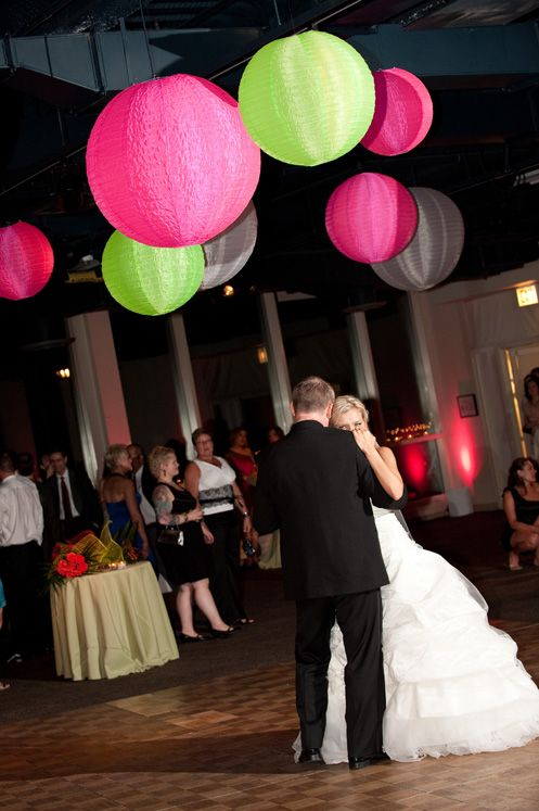 Pink + Lime lit lanterns for wedding reception| Dayna Schroeder Photography