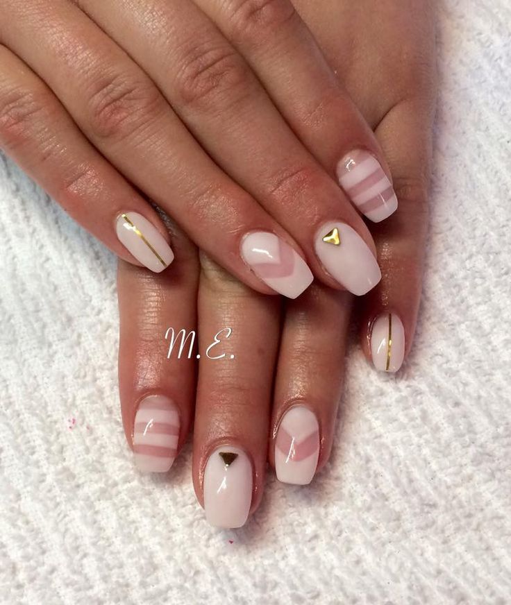 negative space nails, using nail innovationz fazt white gel with shimmer powder added, love this gel nail look