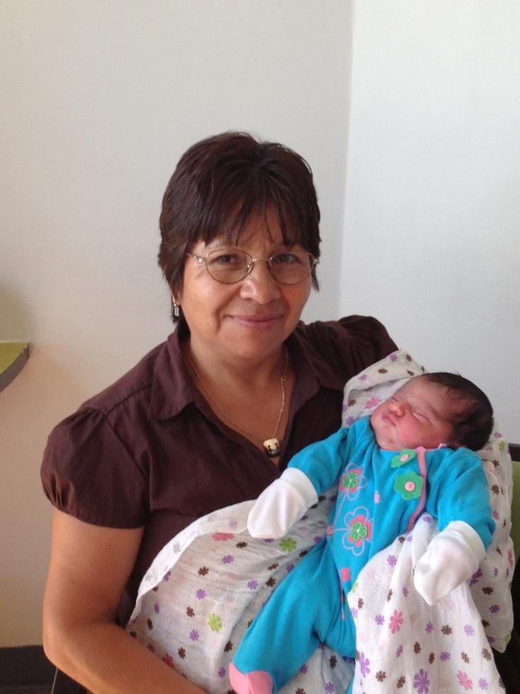 Abuela chocha con su ńieta :)