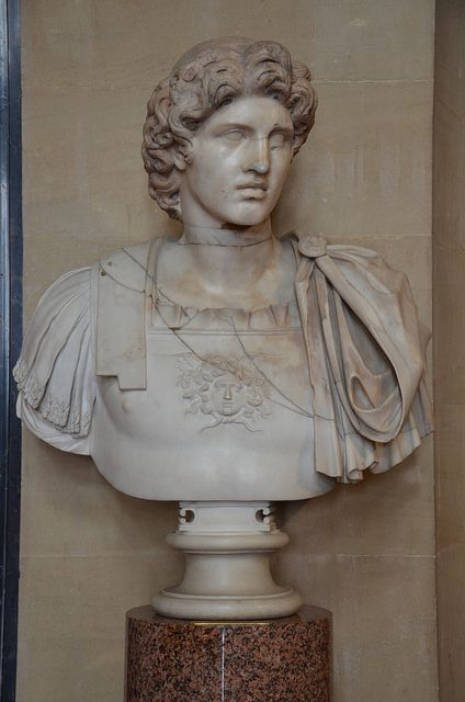 Александр Великий. дворец Бленхейм, Оксфордшир, Великобритания - Alexander the Great excavated from the ruins of Herculaneum, Blenheim Palace Oxfordshire, UK