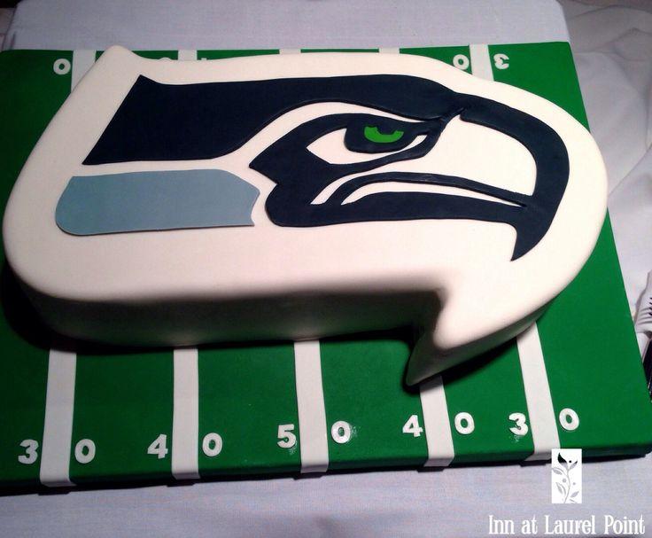 The groom is a Seattle Seahawks fan!