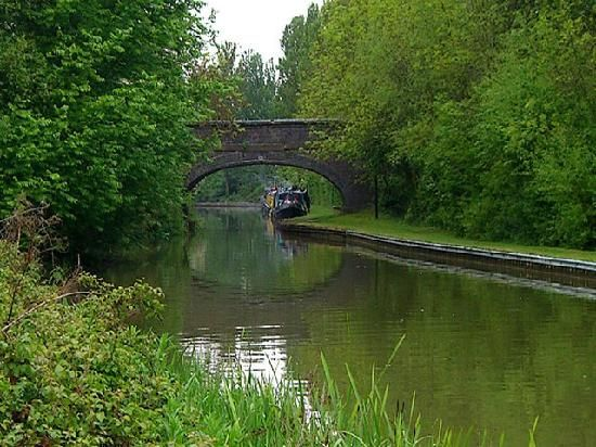 Milton Keynes, UK: canal