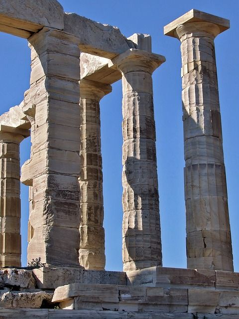 When you visit #athens , makes sure to include a trip to the Temple of Poseidon. It's one of the best temples in Greece!