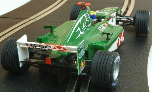 """Scalextric 6154  Jaguar Racing R3 """"Sepang"""" 'Mark Webber' 1:32"""