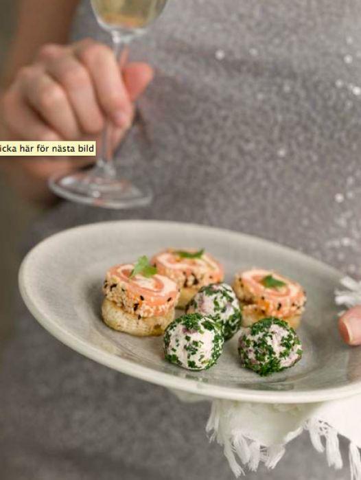 Färskostbollar med rökt renkött och pepparrot