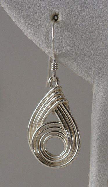 Wirely earrings