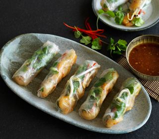Sweet Chilli & Lime Prawn Rice Paper Rolls