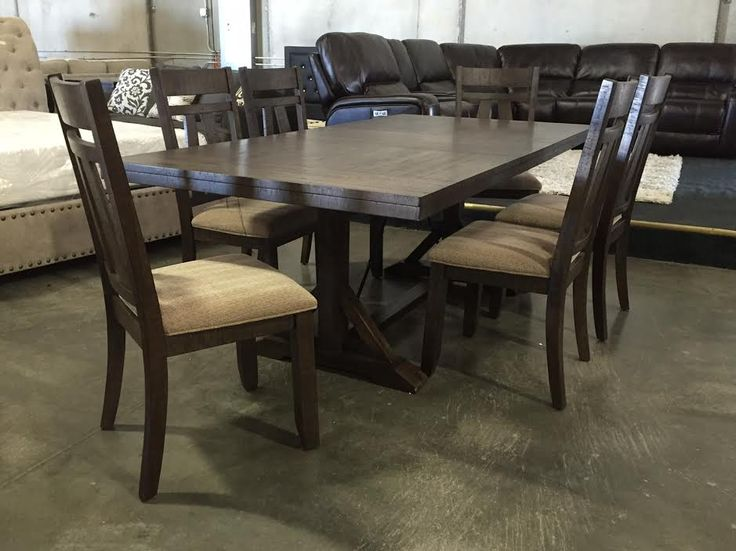Quality Furniture, Auction Every Friday Night At   River City Furniture  Auction   Sacramento, Ca