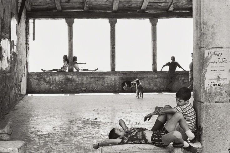 Henri Cartier-Bresson, Simiane-la-Rotonde, France, 1969, Phillips