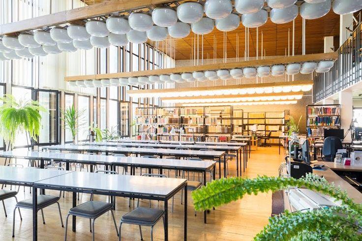 Library interior; Project: Jan Szymański, Andrzej Jaworski, Jerzy Andrzej Krzewiński; Toruń, 1972 ul. Gagarina 11 Interior preserved; Photographer: Tytus Szabelski.  #polish #architecture #modern #interiorarchitecture #library