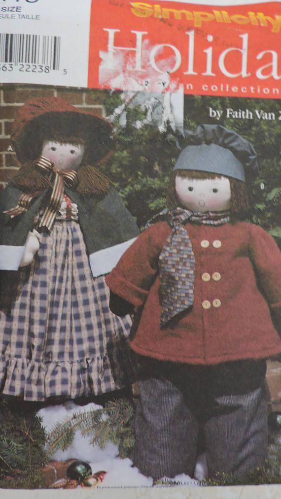 Holiday Home Decor Caroling Doll Carolers Dolls Simplicity