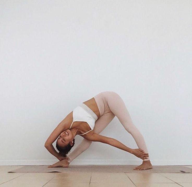 Hatha Yoga In 2020 Yoga Photoshoot Yoga Photos Yoga Pictures