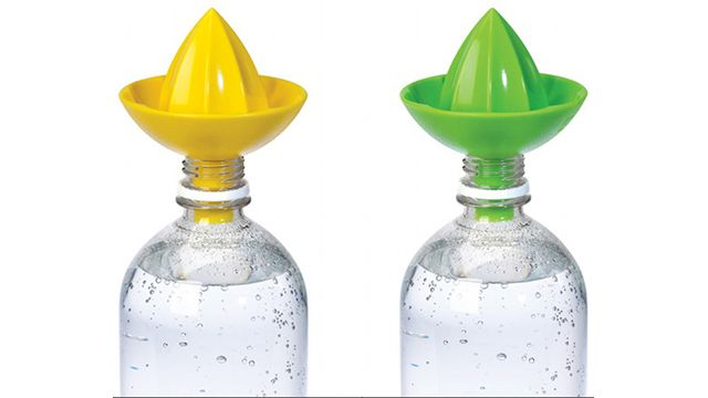 Squeeze lemon or lime right into your water bottle! ~ want!