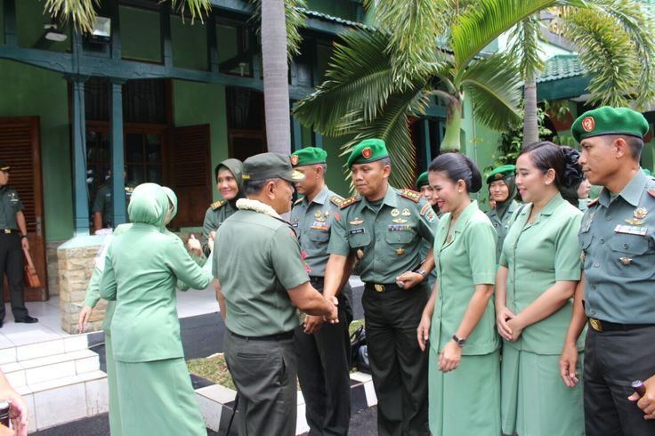 Dandim 0601/PandeglangLetkol Inf. Fitriana Nur Heru Wibawa menerima kunjungan Pangdam III/Slw Mayjen TNI M. Herindra