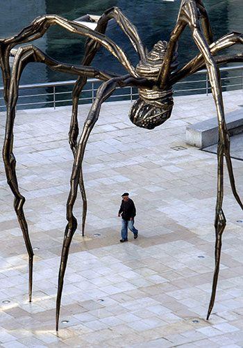 Louise Bourgeois - 'Spider' outside the Guggenheim in Bilbao, Spain Credit: Alfredo Alday Maman